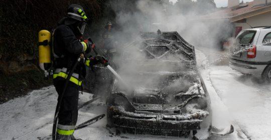Fahrzeugbrand in Schenna